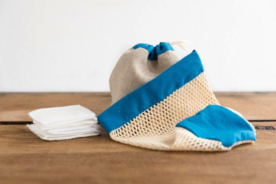 Kit cotons démaquillants lavables - bleu électrique © ManaMani